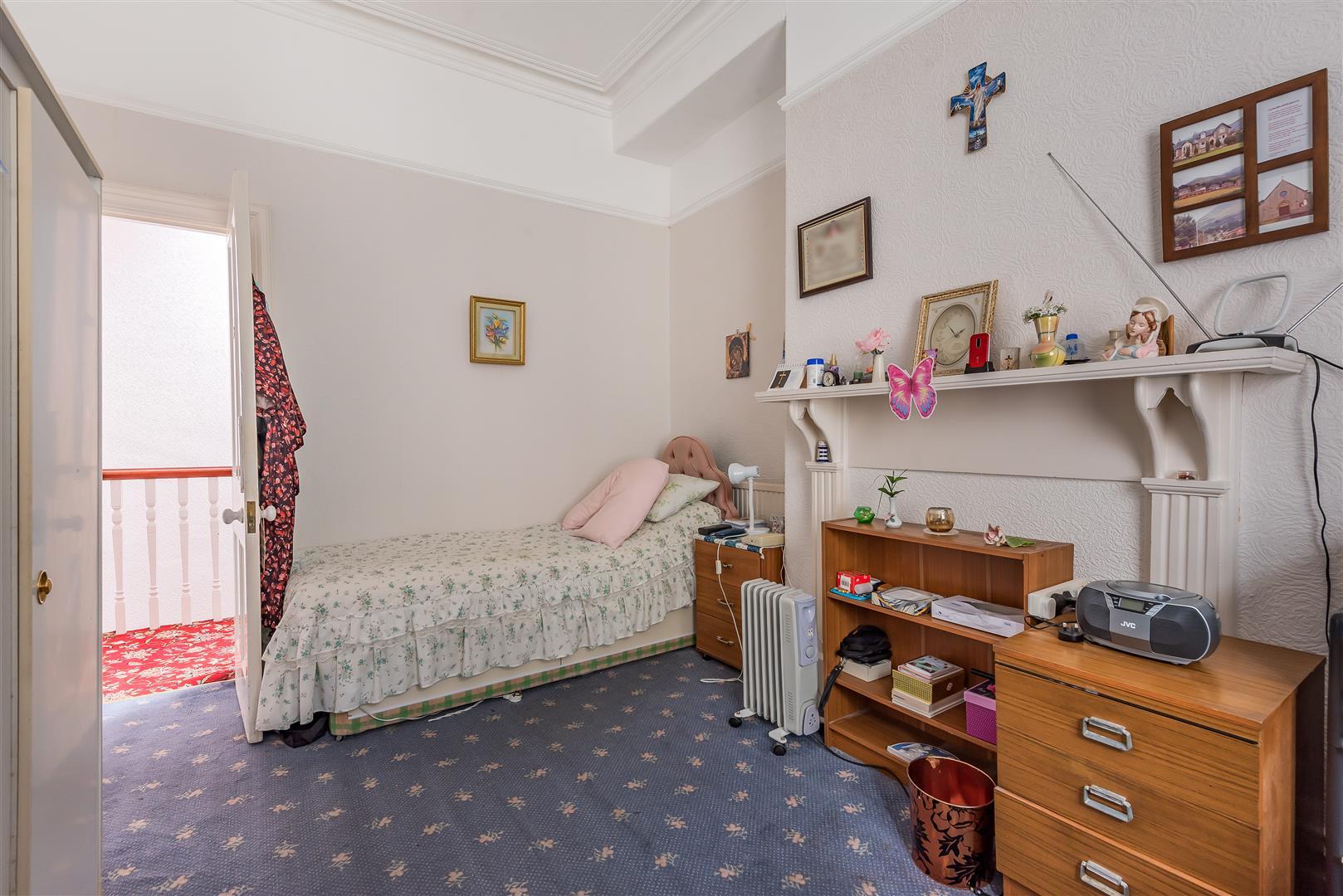 Eaton Crescent, Swansea, SA1 4QL